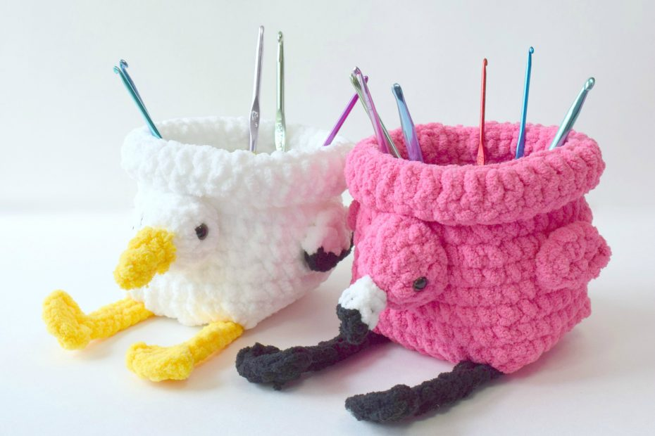 crochet square bird baskets