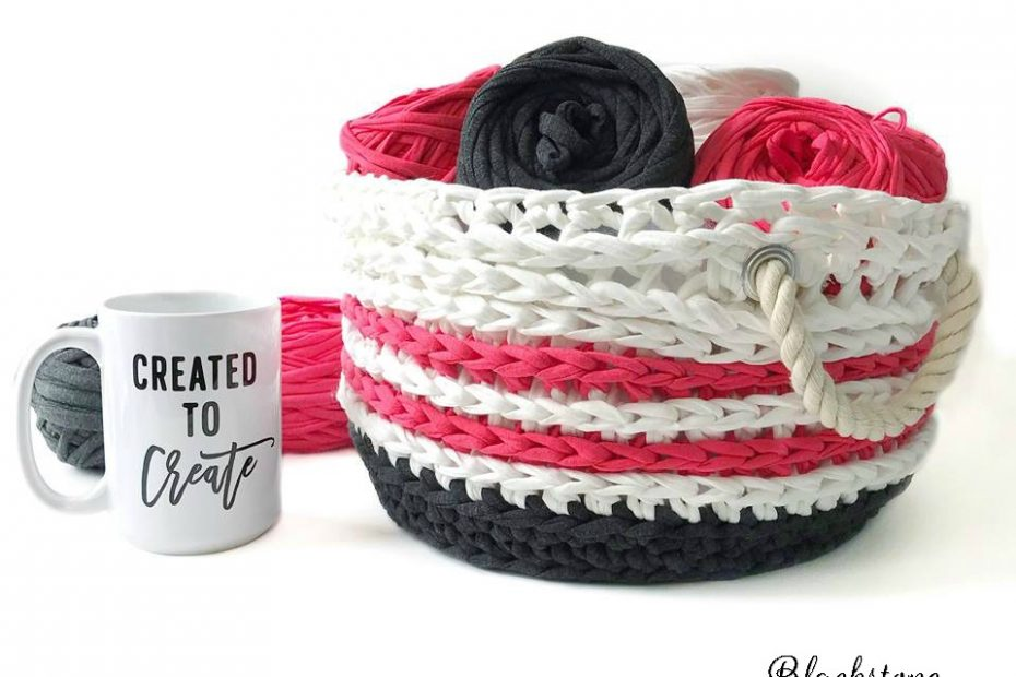 Crochet Basket made with T-shirt Yarn